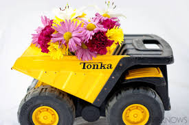 Old Toy Dump Truck Planter Turn Toys Into Useful Decor