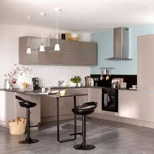 cuisine delinia 15 couleurs pour une cuisine unique côté maison