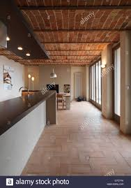 100 Brick Ceiling Dining Room In The Rustic House With Terracotta Floor And Brick