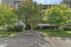 Palo Alto Caltrain Bathroom by 425 Grant Ave 28 Palo Alto Ca 94306 1 495 000 Www Sophietsang