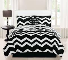 8 Piece Twin Chevron Black Bed in a Bag w 600TC Cotton Sheet Set