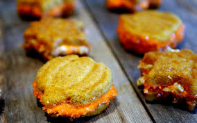 Pumpkin Whoopie Pies With Maple Spice Filling by Pumpkin Spice Whoopie Pies Filled With Maple Cream Noble Pig