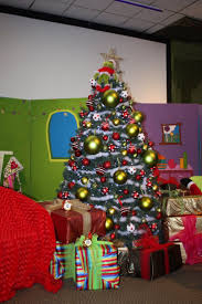 Whoville Christmas Tree Images by Collection Of Whoville Christmas Ornaments All Can Download All