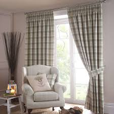 Window Treatment Ideas For Small Living Room