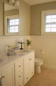 Wainscoting Bathroom Ideas Pictures by 16 Best Wainscoting Images On Pinterest Bathroom Ideas