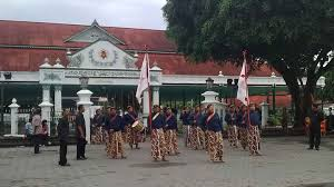 Visit The Palaces During Yogyakarta City Tour