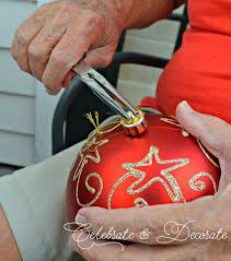 She Removes An Ornament Top And Watch What Happens When It Pops Off Gorgeous Front Porch Idea