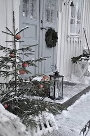 Vita Verandan Outdoor Christmas Tree On Porch Scandinavian