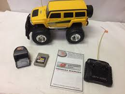 NEW BRIGHT HUMMER H3 Remote Control R/C Truck Yellow 6V 14