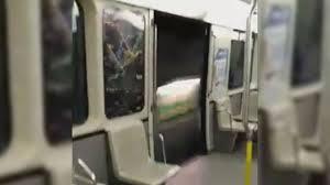 Caught on Cam Montreal Metro doors stay open between stops