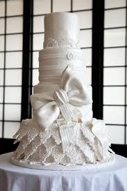Im A Sucker For All White Weddings And Especially Wedding Cakes The One Pictured Is Of Most Ornate Ive Seen