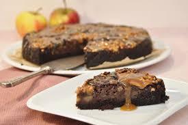 schoko apfelkuchen mit karamellsoße mix dich glücklich