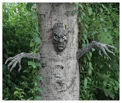 amazon com spooky living tree decoration toys games