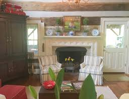 Cabin Style Homes Colors The Best Colors For A Log Cabin Interior