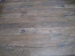Linoleum Flooring That Looks Like Wood by Laminate Vinyl Flooring That Looks Like Wood Vinyl Flooring That