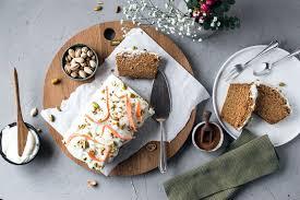 saftiger glutenfreier und veganer karottenkuchen ohne zucker