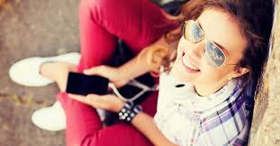 Setting Boundaries And Teaching Our Teens Tweens How To Use Todays Technology Safely Wisely