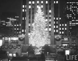 Rockefeller Center Christmas Tree Facts by Christmas Comes Early 78 Foot Spruce Arrives To Nyc U0027s Rockefeller