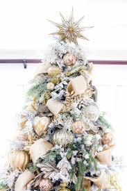 Flocking Christmas Tree Kit by Best 25 Elegant Christmas Trees Ideas On Pinterest Xmas Tree