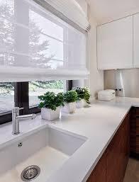 rideau pour cuisine design 55 rideaux de cuisine et stores pour habiller les fenêtres de