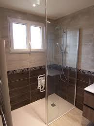 rénovation intégrale d un salle de bain avec accessibilité pmr