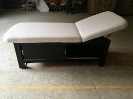 100 Massage Parlor Sao Paulo Wooden Massage Bed Facial Bed Spa Bed Spa Table