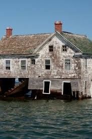 the last house on holland island md collapsing in to the bay