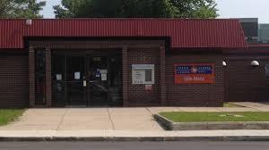 bureau des postes postes canada le bureau de poste de ville réduit ses