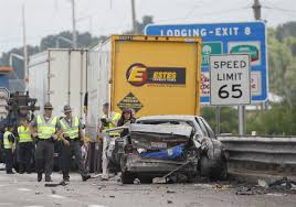 100 Estes Truck Lines 3 Killed 1 Hurt In Severe Wrecks On I475US 23 Near Maumee