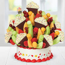 Grand Confetti Fruit CupcakeTM