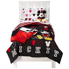 mickey mouse comforter on the hunt