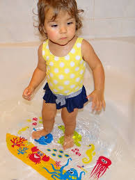 European Bath Mat Without Suction Cups by Amazon Com Salinka Ocean Anti Slip Baby Bath Mat Phatalates And