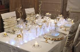 astuces pour dresser une table de fêtes maison jardin