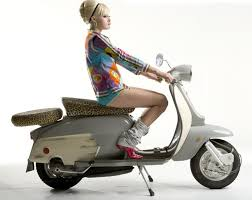 The Scooterist Lambretta Girl