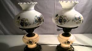 Rayo Oil Lamp Value by Vintage Pair Of Glass Gone With The Wind Hurricane Lamps W