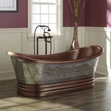 Who Makes Lyons Bathtubs by 68