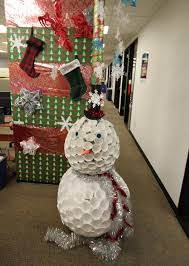 Office Door Christmas Decorating Ideas by Office Cubicle Christmas Decorating Ideas Home Design Inspirations