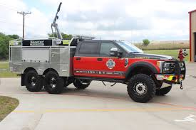 6×6 FIREWALKER – Skeeter Brush Trucks
