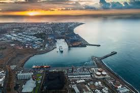 le port la reunion grand port maritime de la reunion port de