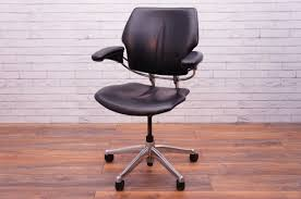 office resale humanscale freedom black leather chair operator
