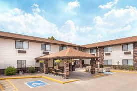 Machine Shed Des Moines Hotel by Hotelname City Hotels Ia 52807