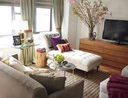 Living Room Cream Walls W Olive And Furnishings Plum Accents Fainting