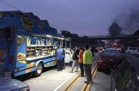 Taco Truck Start Doing Business During Accident Related Traffic Jam ...