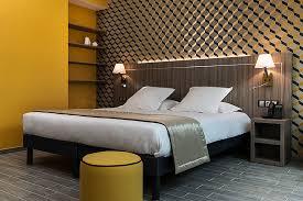 hotel et dans la chambre hôtel