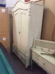 weichholz weichholzschrank antik möbel bauernschrank