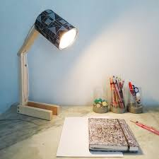How To Make A Desk Lamp With Can