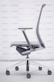 Haworth Zody Chair Manual by The Hidden Engineering In Haworth U0027s Very Task Chair Core77
