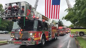 Birdsboro Memorial Day Parade Opening & Fire Trucks 2017 - YouTube Fire Truck Responding Compilation Part 22 Eone Trucks Youtube 1974 Classic American Lafrance Pumper Fire Truck Cummins Diesel Antique Firetrucks Unionville Ct 2014 Firemans Parade Loses Wheel On The Way To A In Anne Arundel County 59 Action Lego Lego City Mini Movies At Videos For Toddlers With Machines Kids Playing White Room Watch Engines City Fire Truck 4208 Ertl Fireman Sam Toy Fdny Rescue 1 Responding Siren And Air Horn Hd