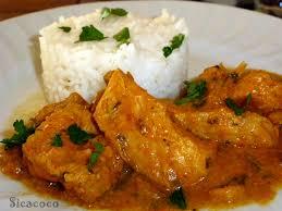 cuisiner des blancs de poulet blanc de poulet au lait de coco curry citronnelle les carnets de