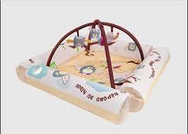 tapis d éveil pas cher pour bebe 1228 tapis bebe idées